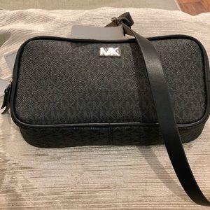 Michael Kors Belt Bag. S/M. NWT. Black
